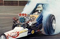 _images/_dvdbonus/mcewen/_thumbs/SM-Archive-McEwen-1971-in-HW-Dragster-TM.jpg